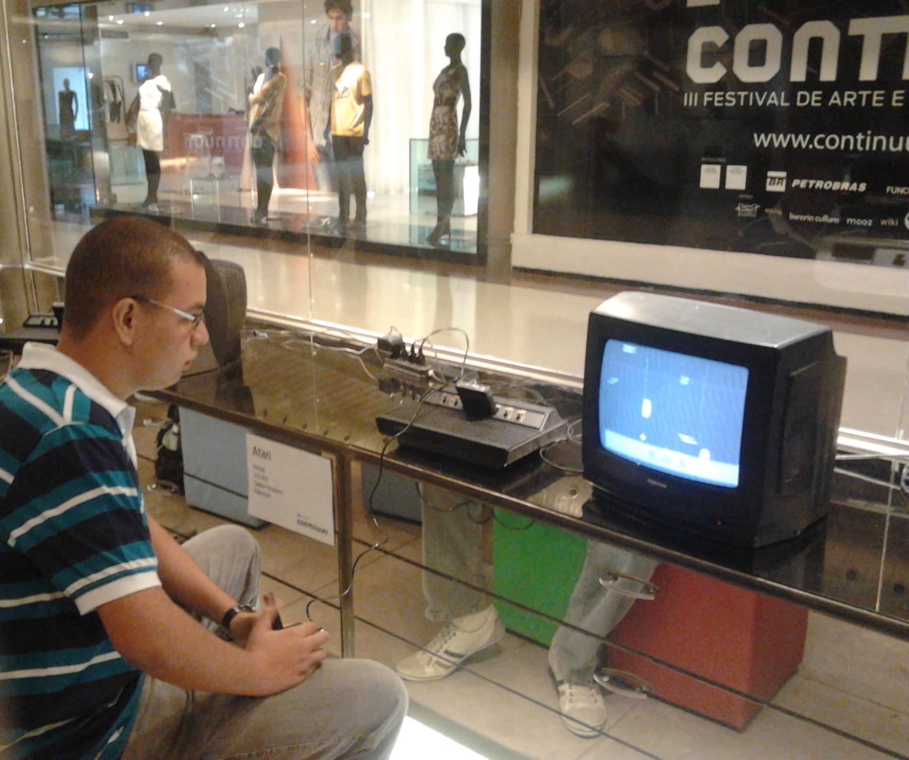 http://files.cadeogame.com.br/private/8388/atari.jpg